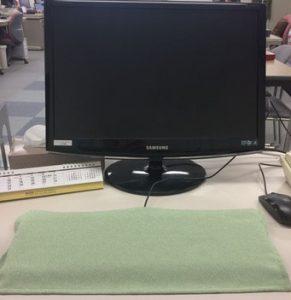 キーボードを使わない時は布をかける